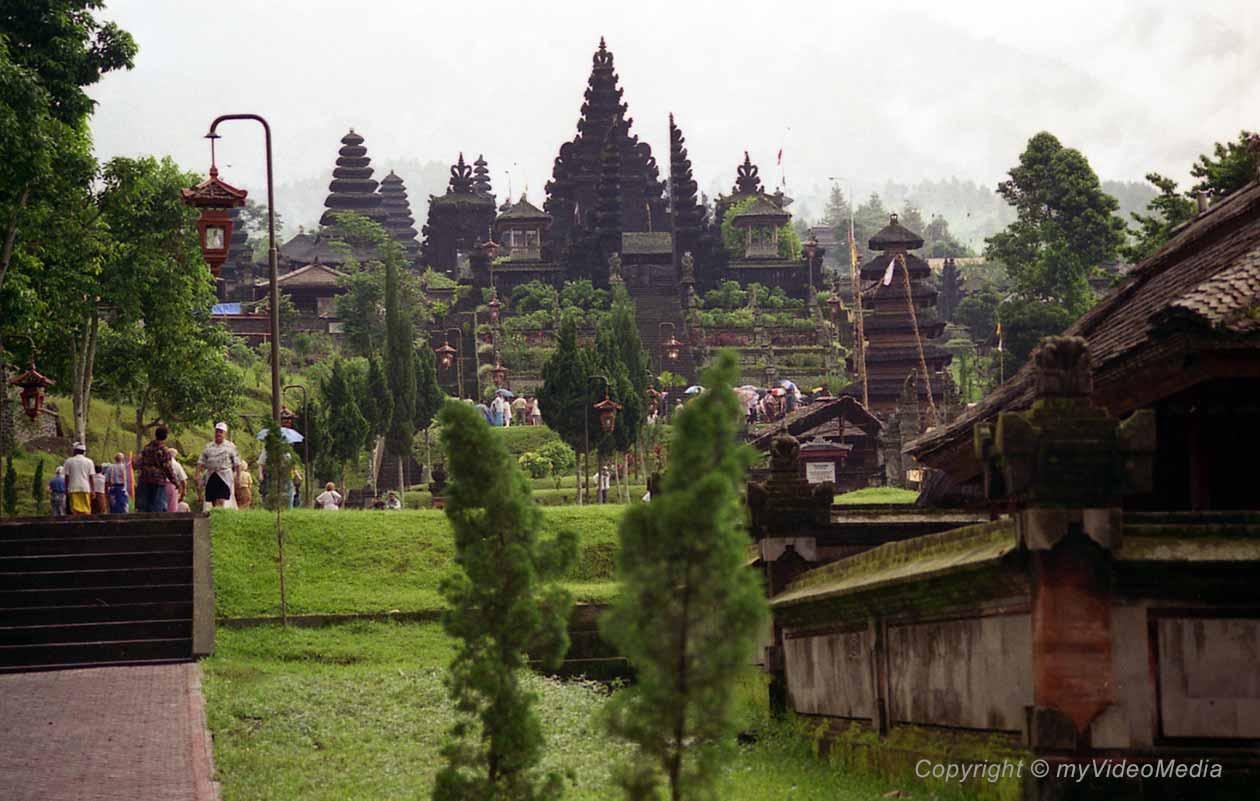 Pura Besaki Bali