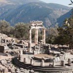 Delphi the oracle in the antique Greek world