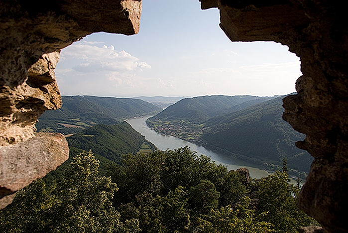 Danube seen from the ruins of Aggstein