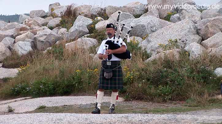 bagpiper at Peggys Cove