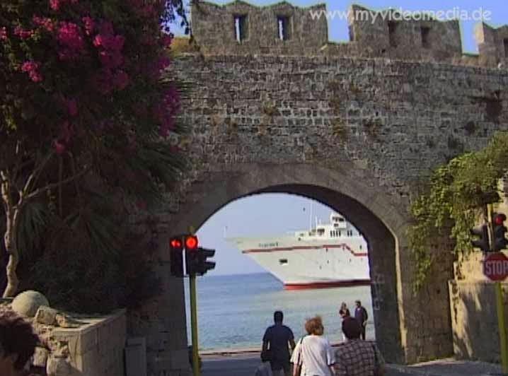 Blick aus der Altstadt von Rhodos