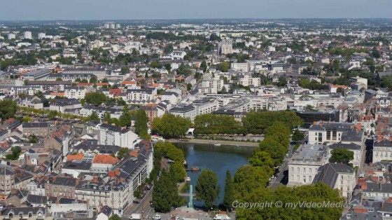 le nid nantes from a bird 39 s eye view travel video blog. Black Bedroom Furniture Sets. Home Design Ideas