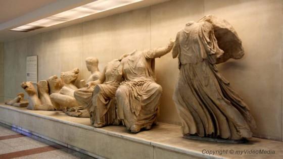 Walk through Athens 1040928