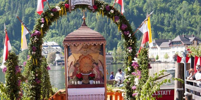Hallstatt Corpus Christi on the Lake