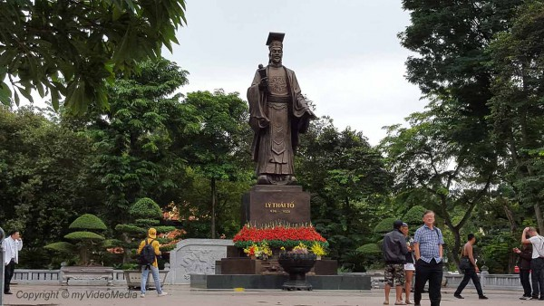 Ly Thai To Statue Hanoi