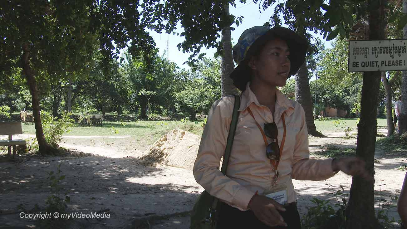 Tour guide Killing fields