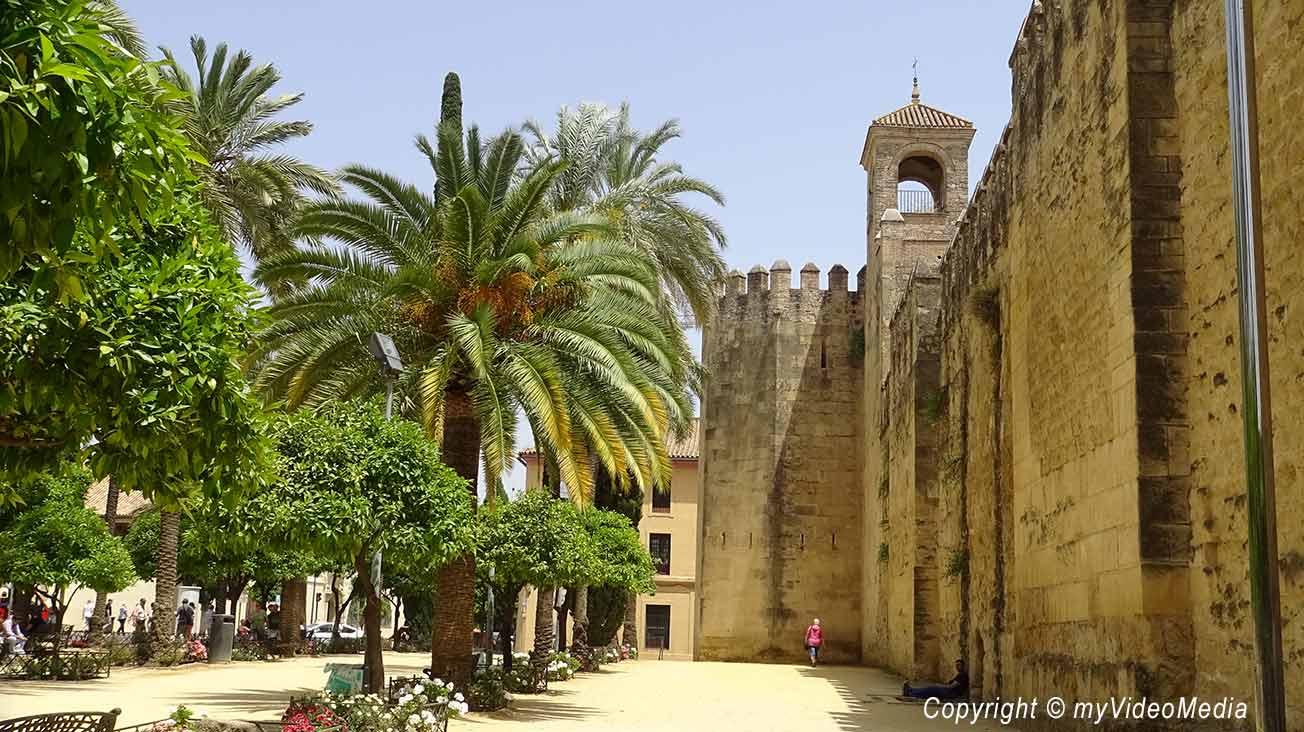 Alc 225 Zar De Los Reyes Cristianos Cordoba Travel Video Blog