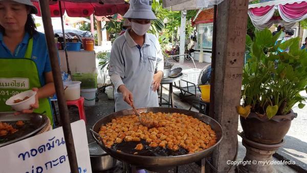 Auf dem Markt in Ko Kret