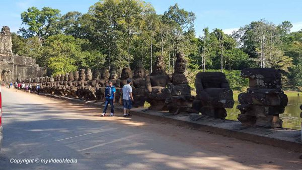 Way to Preah Khan