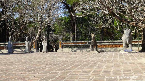 Vorhof kaiserliches Grab von Tu Duc