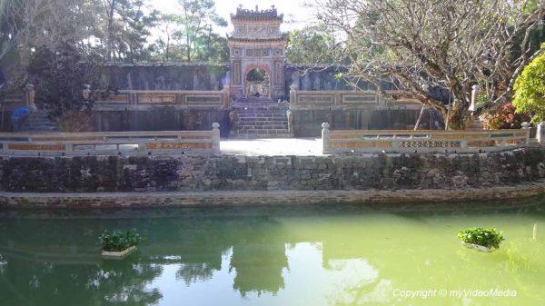 Eingang kaiserliches Grab von Tu Duc