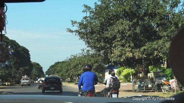 On the road to Thai Border Poipet