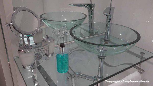 Bathroom Hotel Riverton