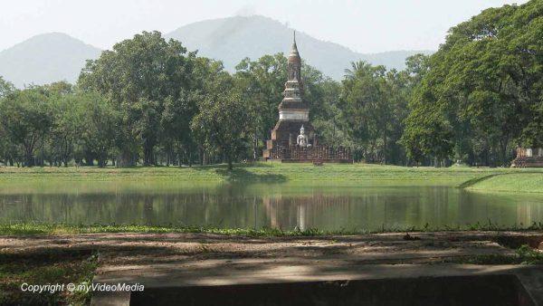 Sukhothai Historical Park - Thailand - Travel Video Blog