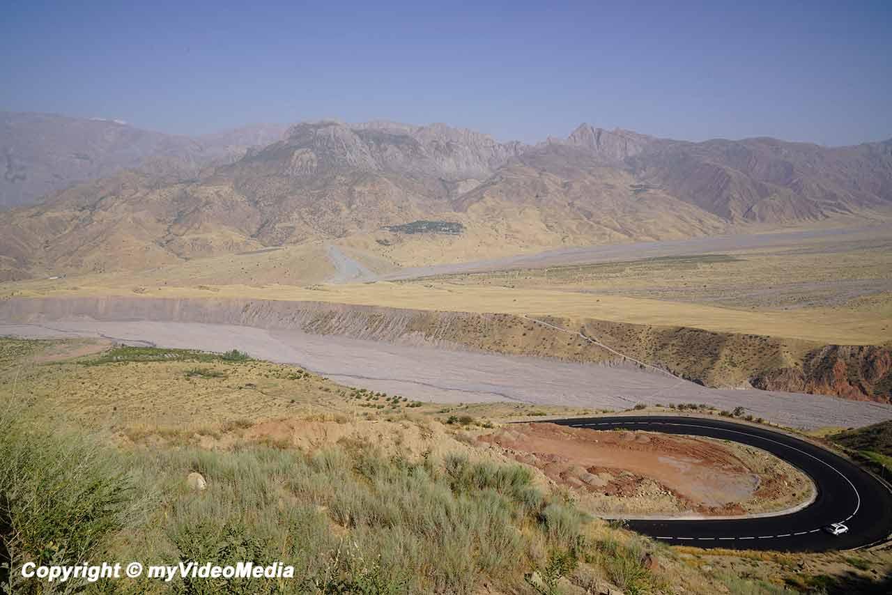 Hulbuk nach Anjirobi Bolo