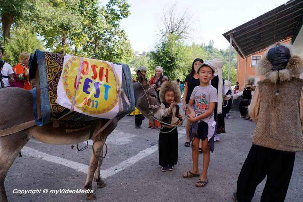 Osh Fest 2017 - Sammelpunkt der Karawane
