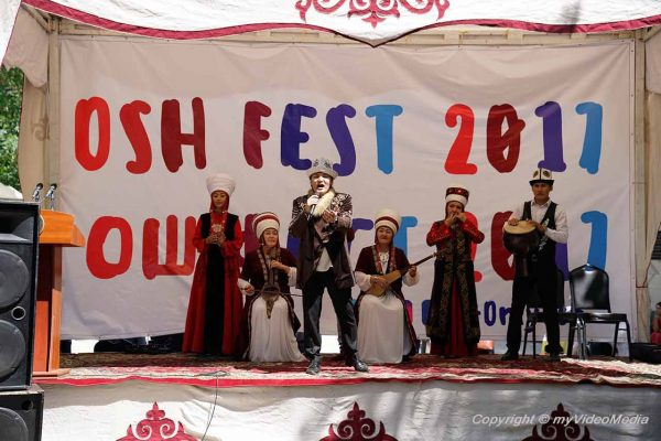 Osh Fest-Singing and dancing