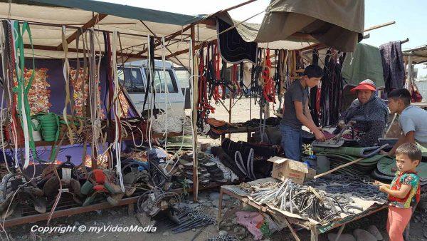 Cattle market Uzgen