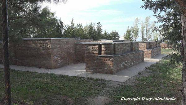 Mausoleen am Burana Turm Kirgistan
