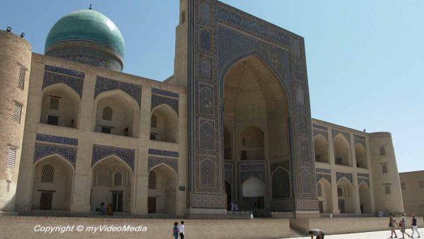 Mir-i-Arab Madrasa