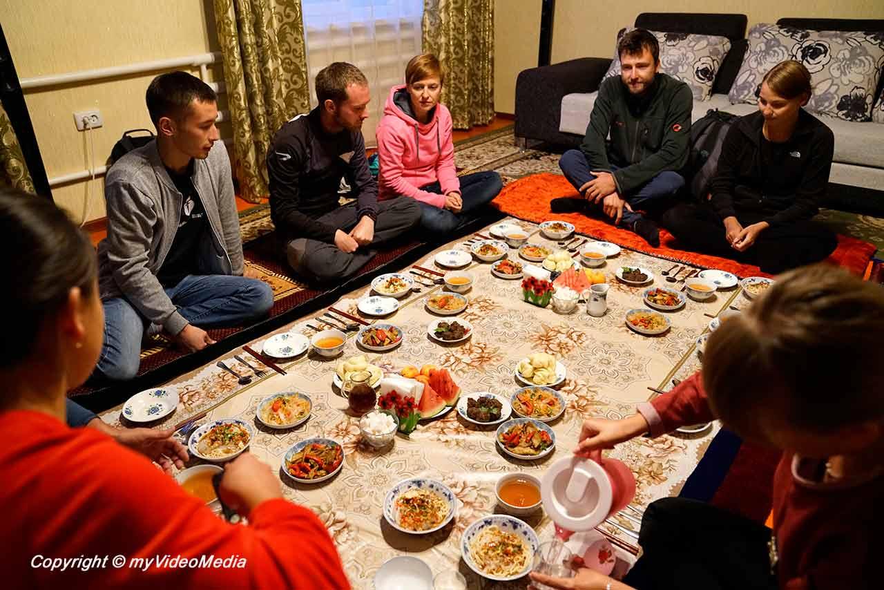 Dunganen Familien Dinner