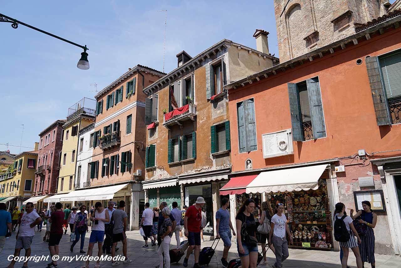 Strada Nova Venice