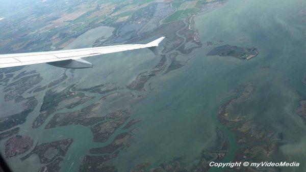 Flight from Venice to Frankfurt - Travel Video Blog