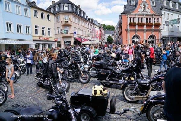 Moselwein meets Harley