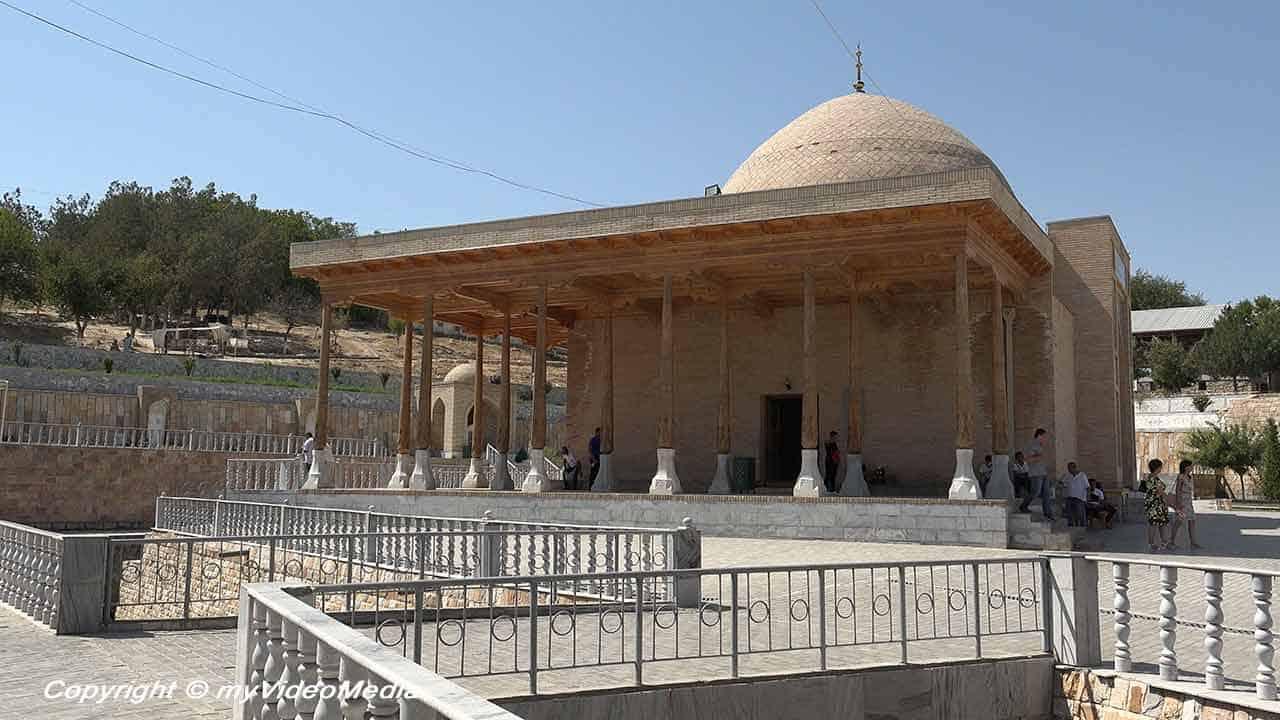 Mosque Nurata