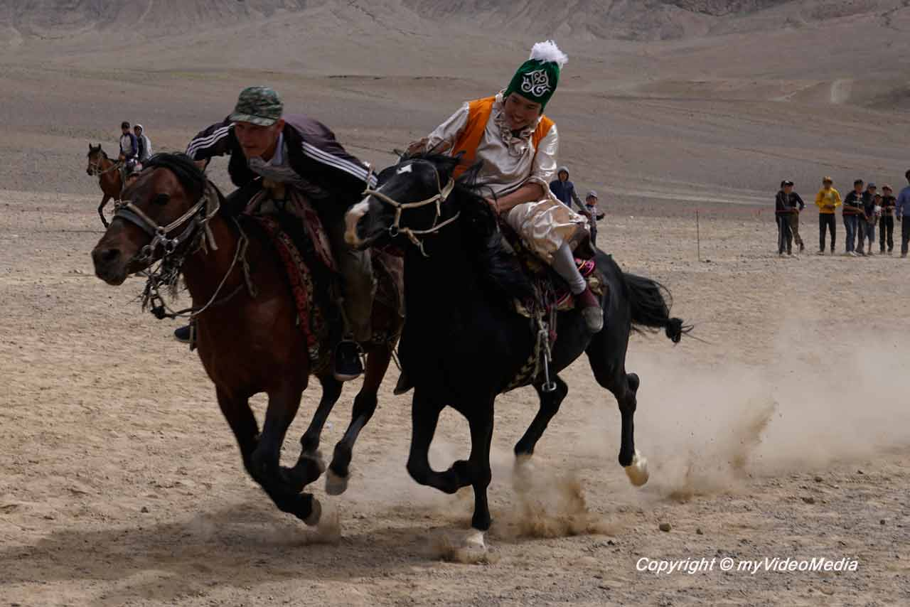 Bride's Race Murghab - At Chabysh