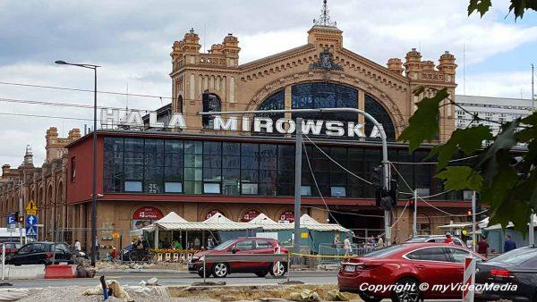 Mirowska Markthalle