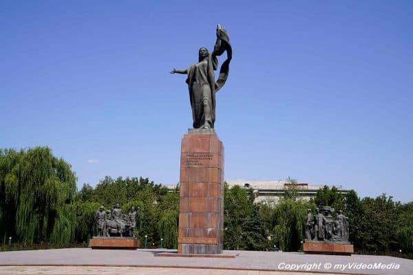Denkmal der Kaempfer der Revolution