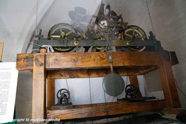 clock caravaca