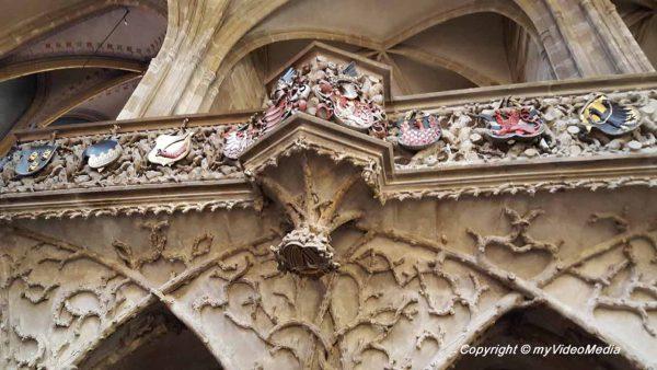 Royal oratory