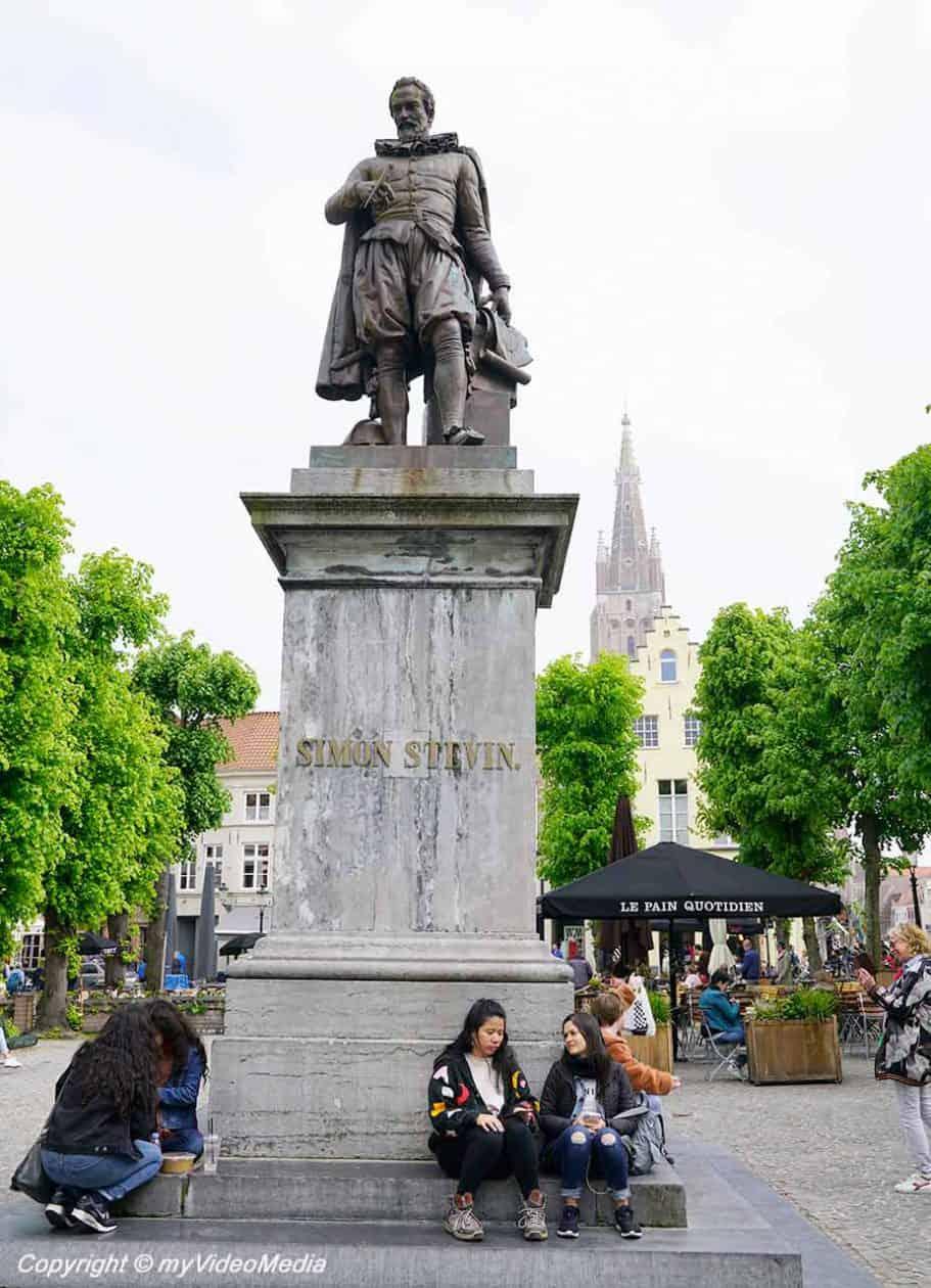 Simon Stevin Denkmal