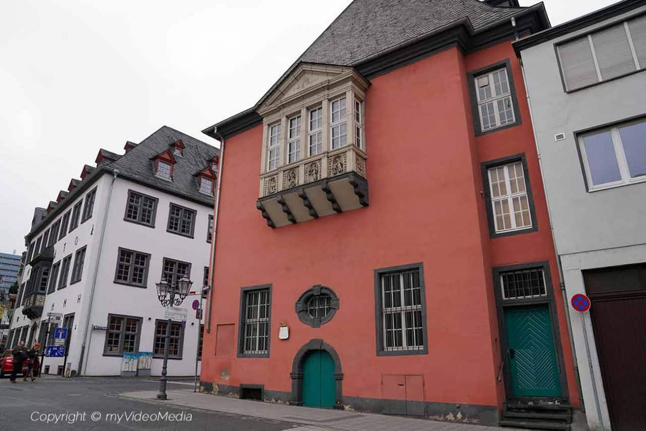 Old Merchants' Guild House
