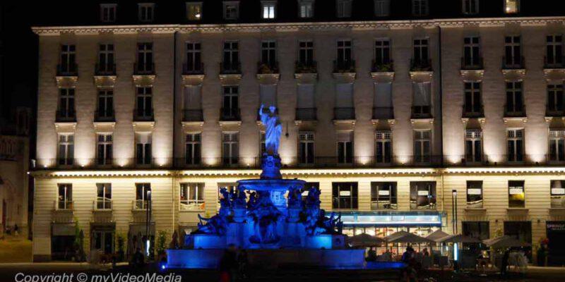Nantes at night